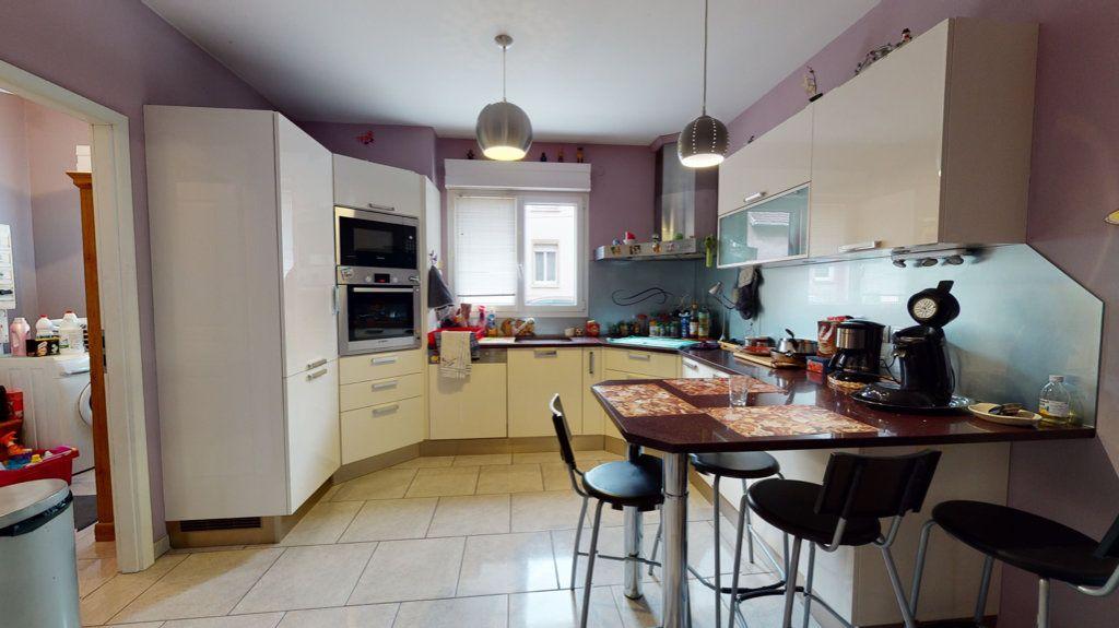Maison à vendre 5 140.13m2 à Amnéville vignette-7