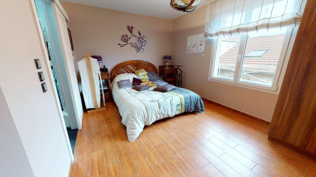 Maison à vendre 5 140.13m2 à Amnéville vignette-8