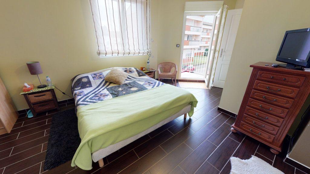 Maison à vendre 5 140.13m2 à Amnéville vignette-9