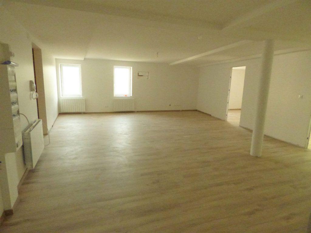 Appartement à louer 5 95m2 à Pierrevillers vignette-1