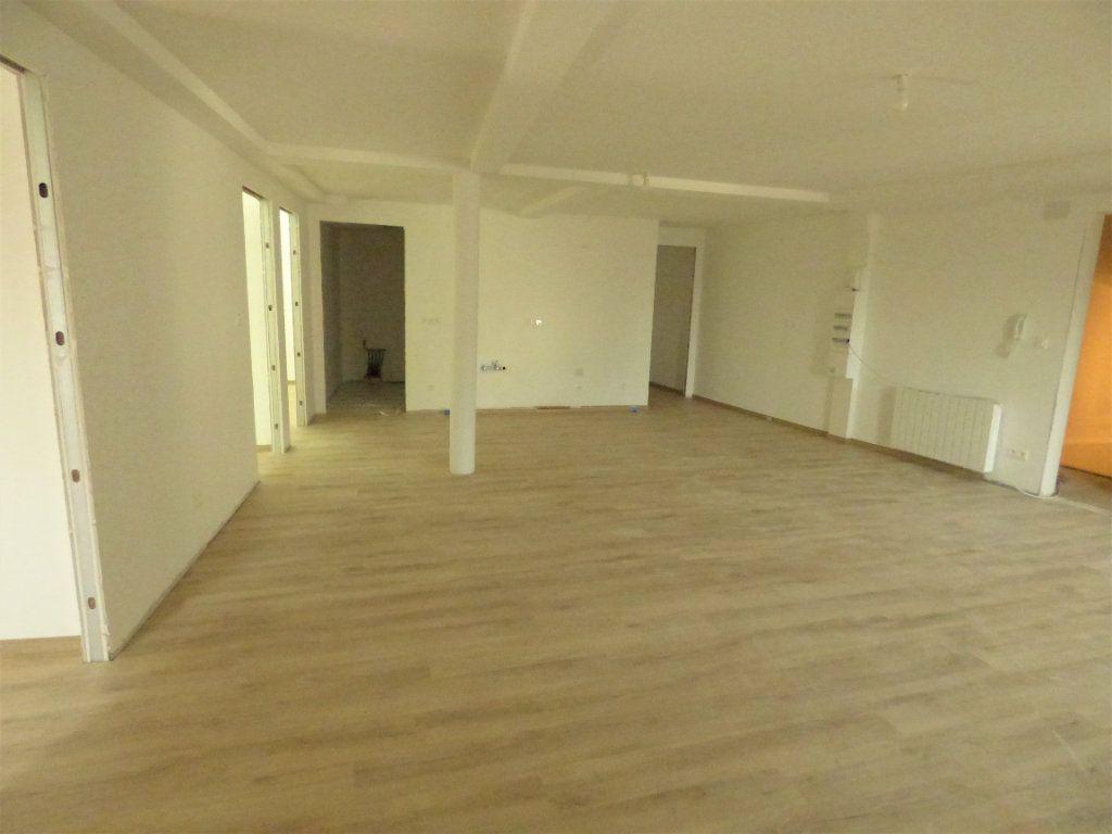 Appartement à louer 5 95m2 à Pierrevillers vignette-2