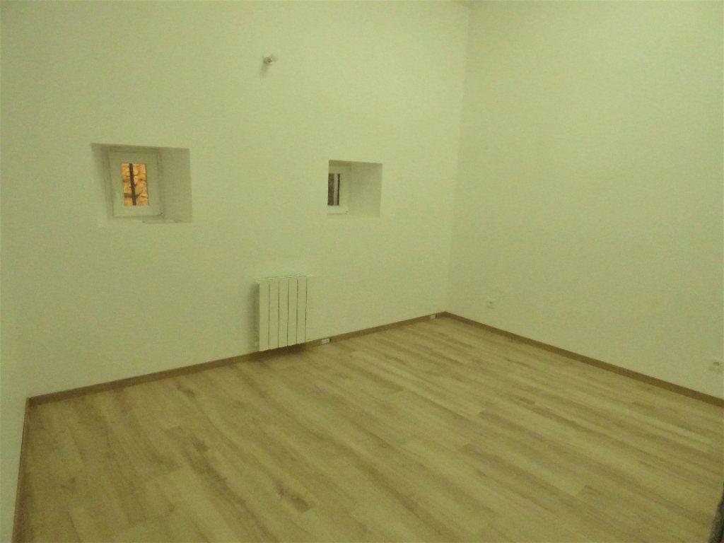 Appartement à louer 5 95m2 à Pierrevillers vignette-4