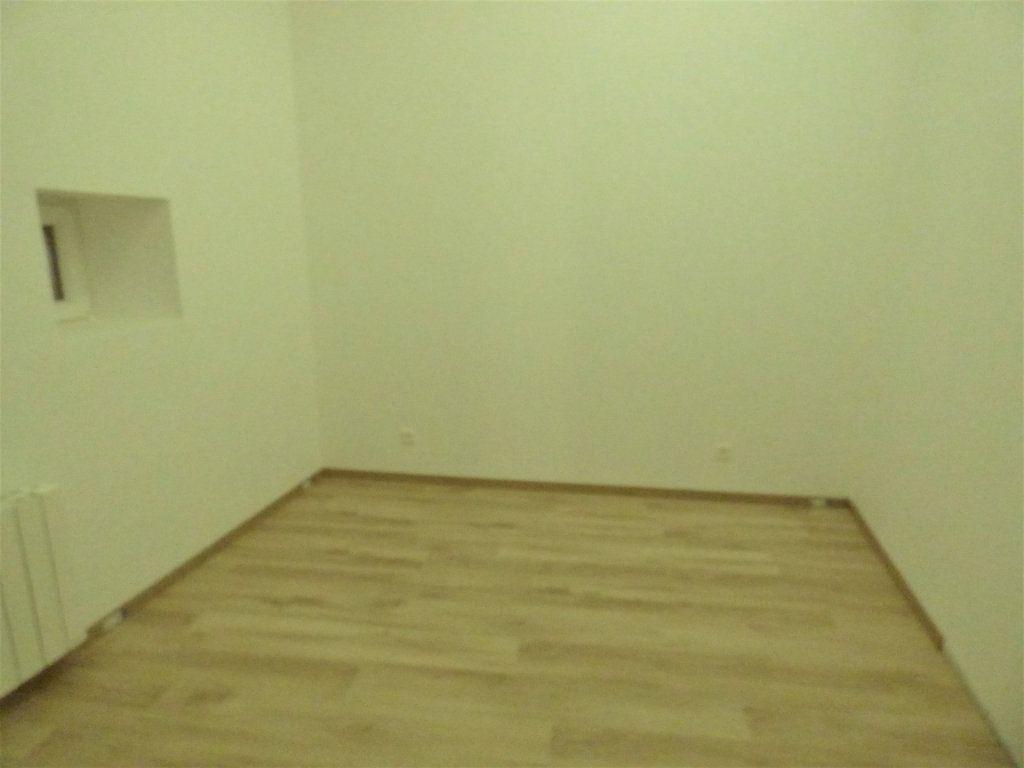 Appartement à louer 5 95m2 à Pierrevillers vignette-5