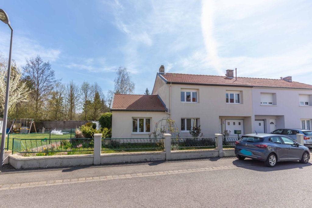 Maison à vendre 6 110m2 à Ay-sur-Moselle vignette-1