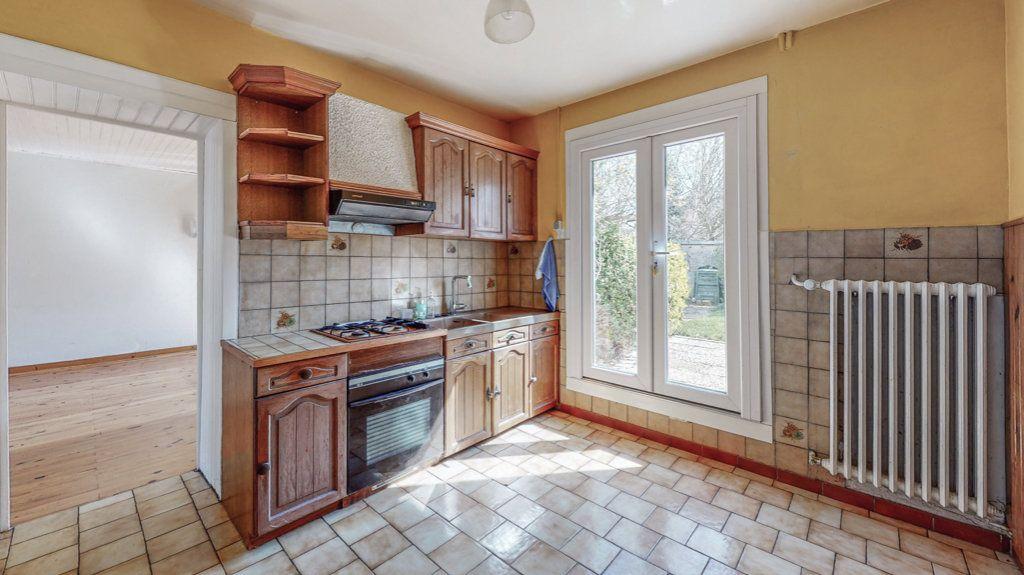 Maison à vendre 6 110m2 à Ay-sur-Moselle vignette-4