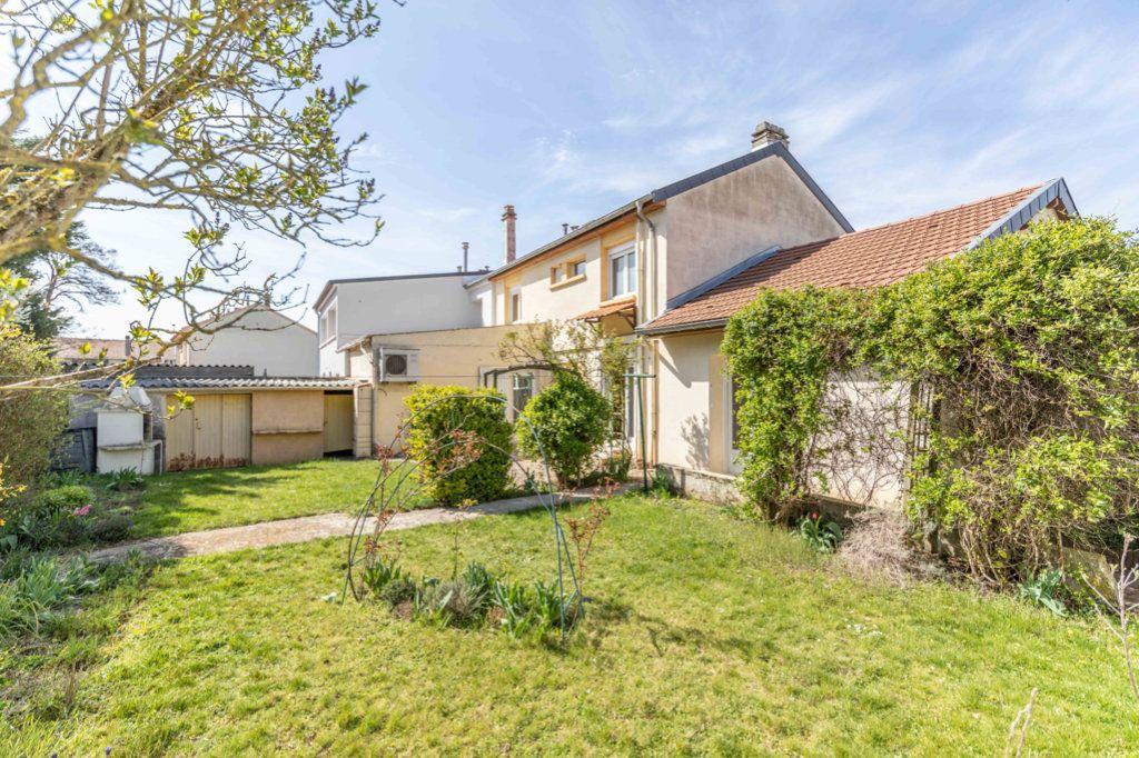Maison à vendre 6 110m2 à Ay-sur-Moselle vignette-10