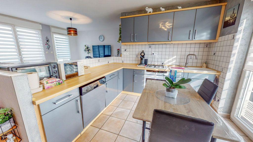 Maison à vendre 4 94.02m2 à Hagondange vignette-5