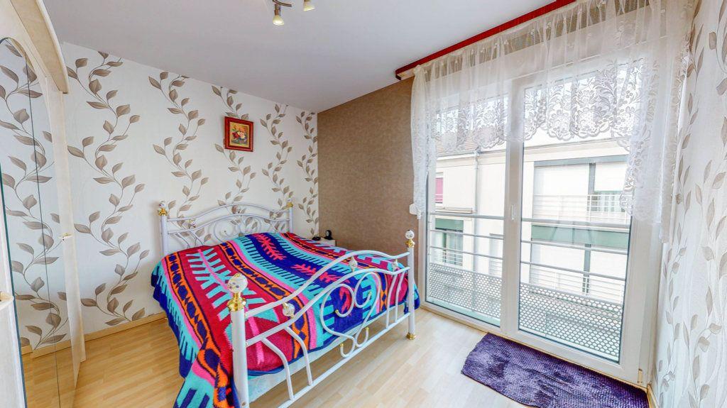 Maison à vendre 4 94.02m2 à Hagondange vignette-6