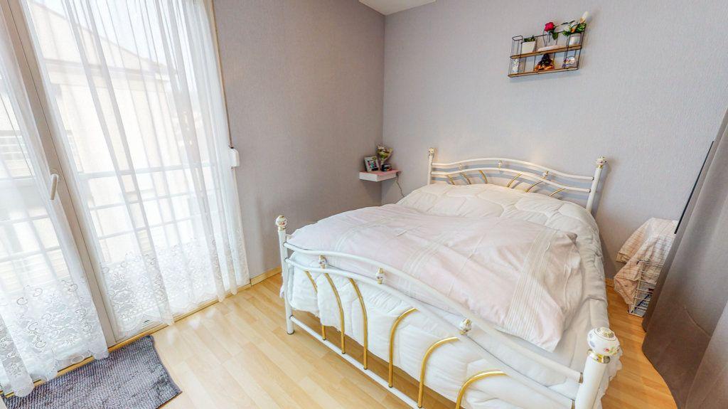 Maison à vendre 4 94.02m2 à Hagondange vignette-7