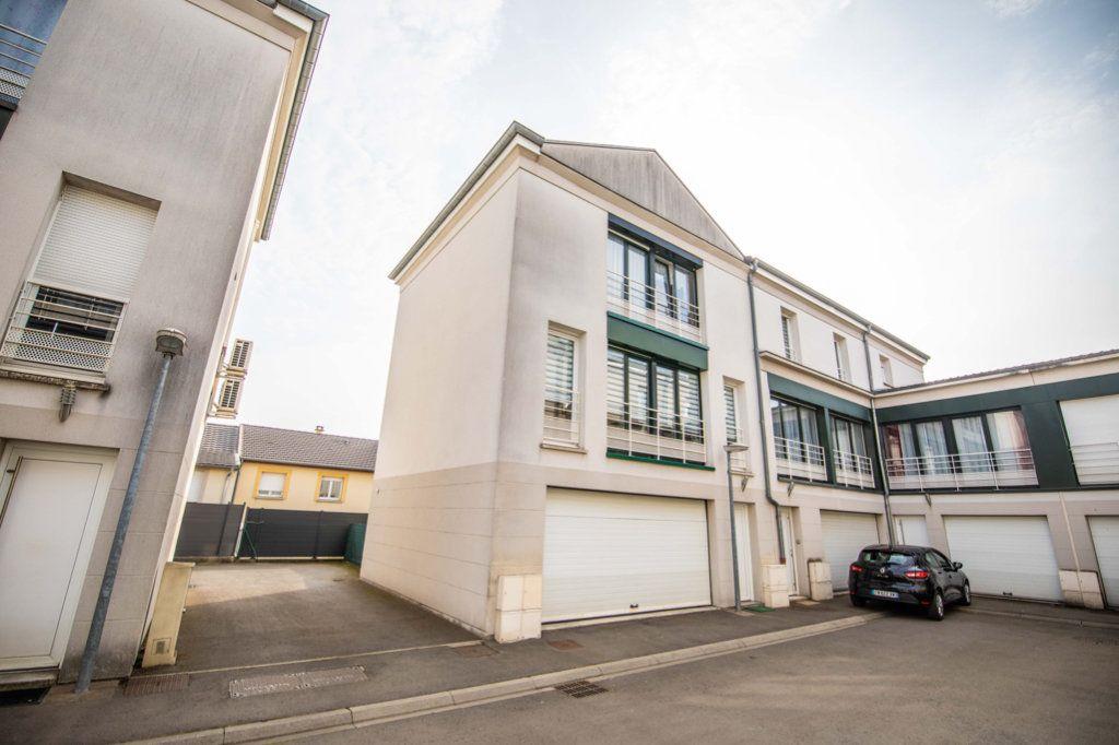 Maison à vendre 4 94.02m2 à Hagondange vignette-10