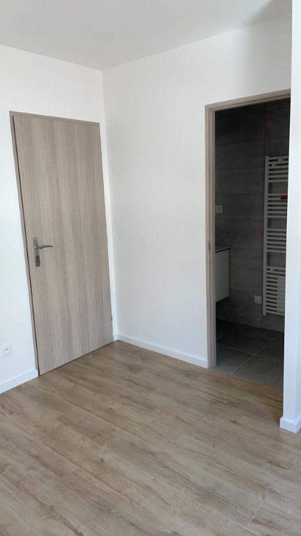 Appartement à louer 2 28m2 à Hagondange vignette-3