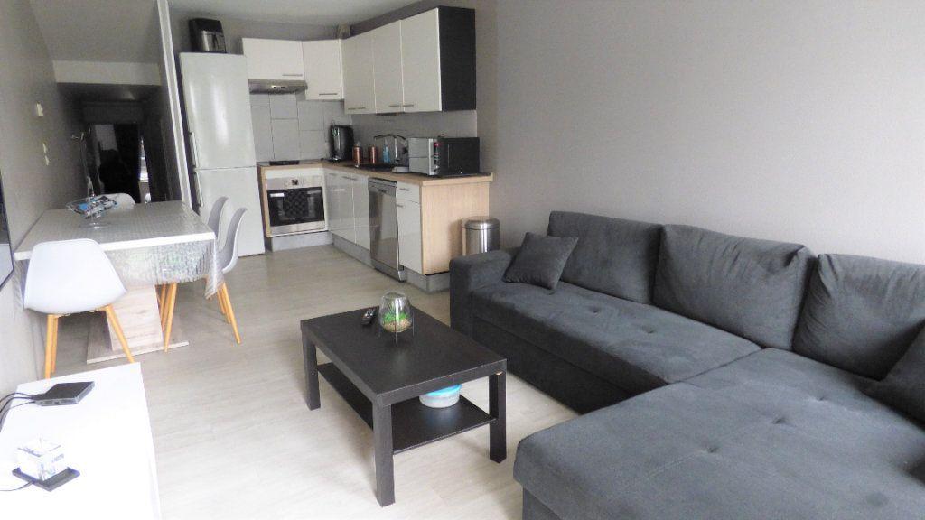Appartement à louer 2 43.1m2 à Trémery vignette-1