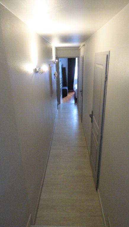 Appartement à louer 2 43.1m2 à Trémery vignette-3