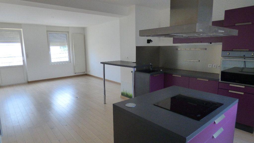 Appartement à louer 4 77.28m2 à Maizières-lès-Metz vignette-1