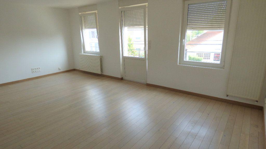 Appartement à louer 4 77.28m2 à Maizières-lès-Metz vignette-3