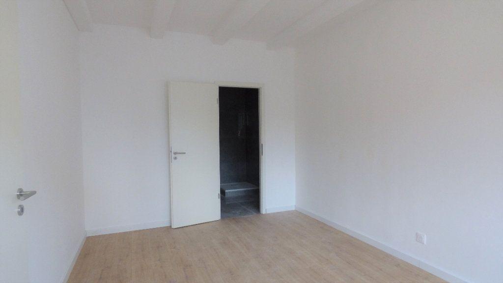 Appartement à louer 4 96.57m2 à Hagondange vignette-4