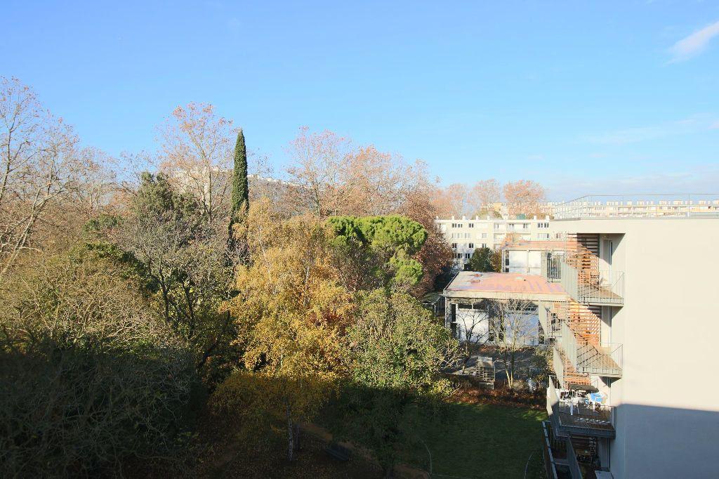 Appartement à louer 3 54.43m2 à Toulouse vignette-3