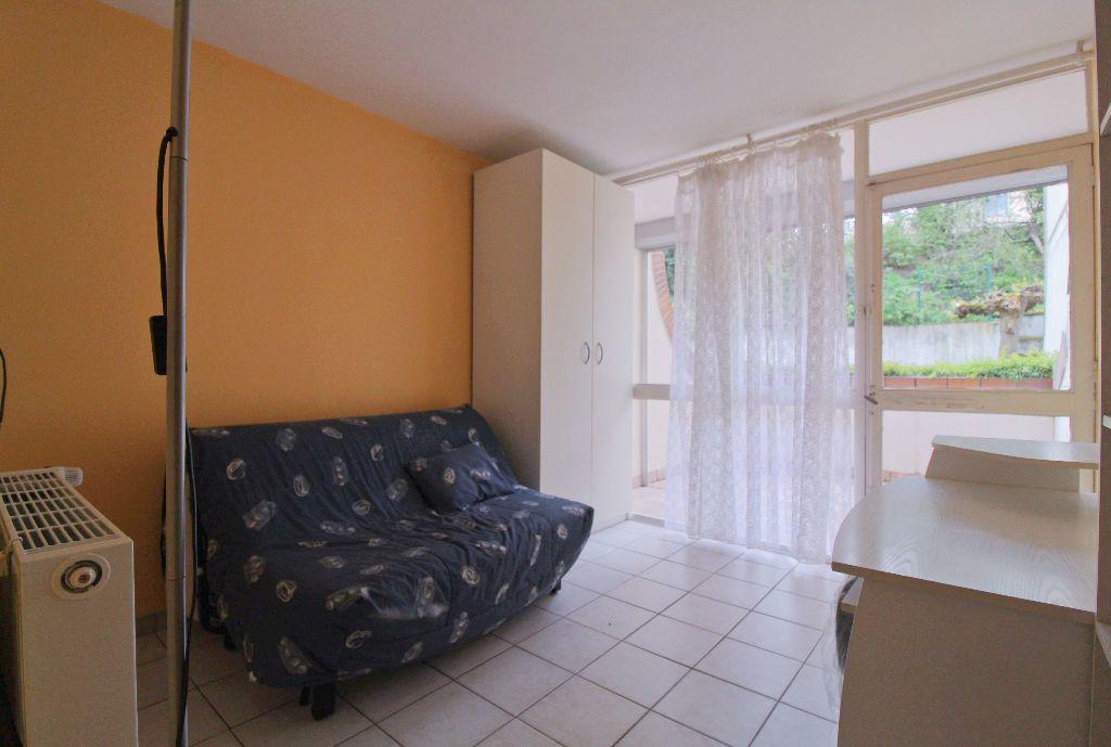 Appartement à louer 1 18m2 à Toulouse vignette-1