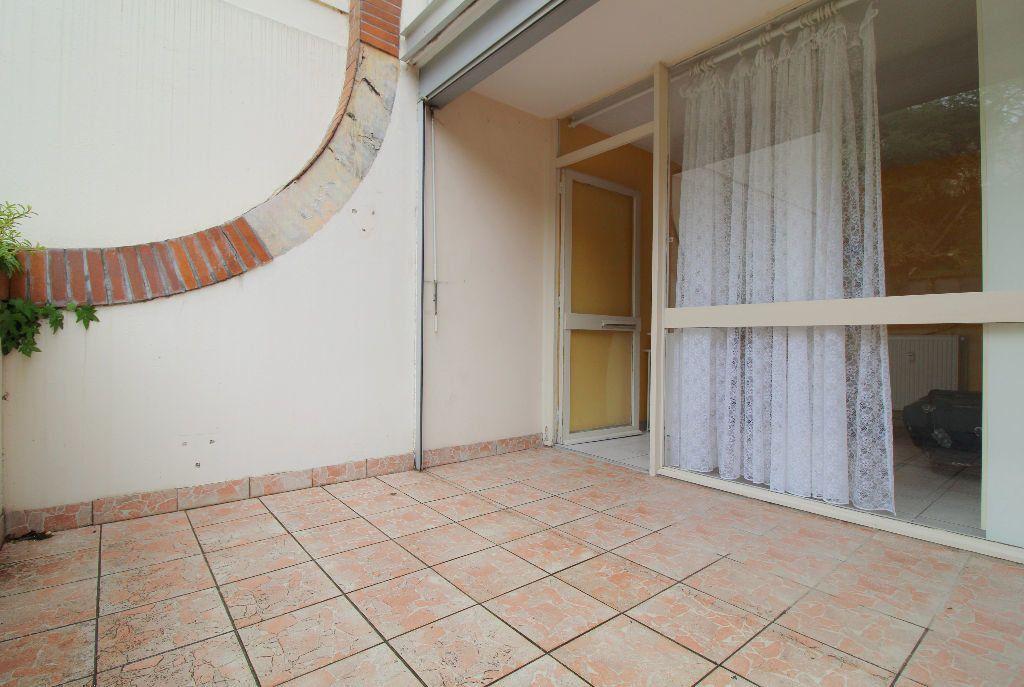 Appartement à louer 1 18m2 à Toulouse vignette-2