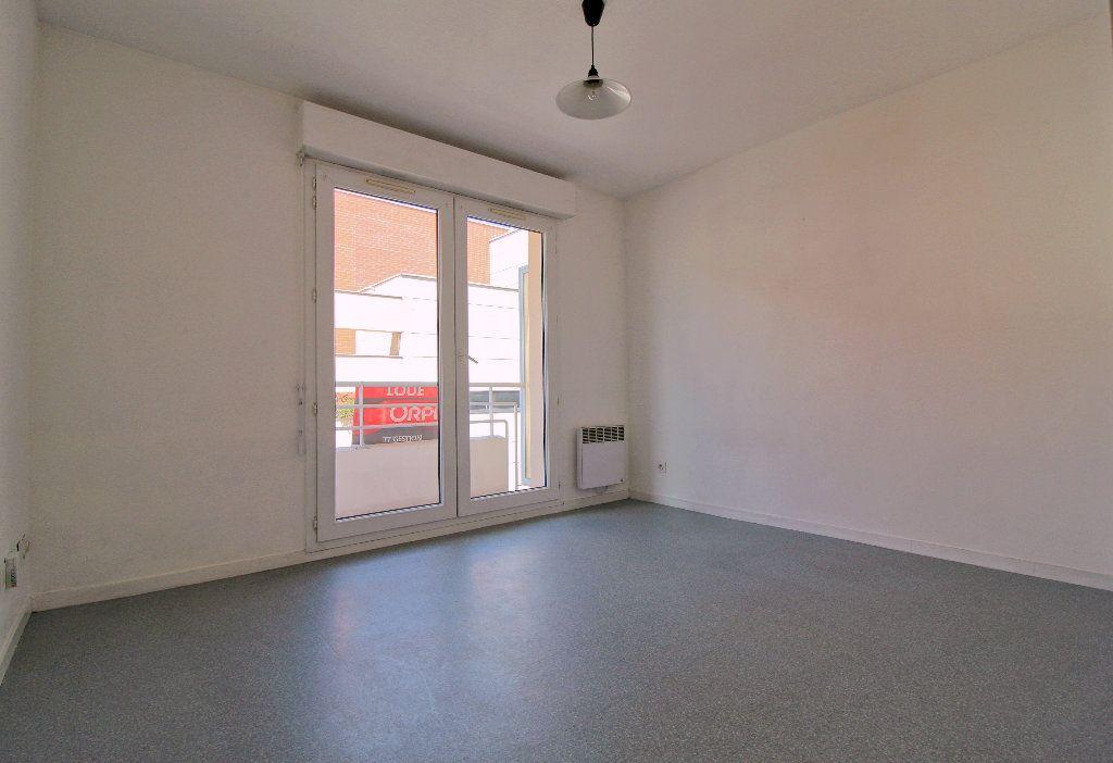 Appartement à louer 1 17.7m2 à Toulouse vignette-1