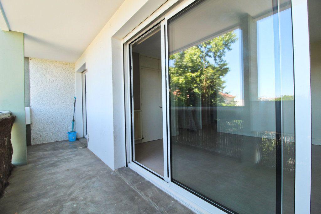 Appartement à louer 1 35.56m2 à Ramonville-Saint-Agne vignette-1