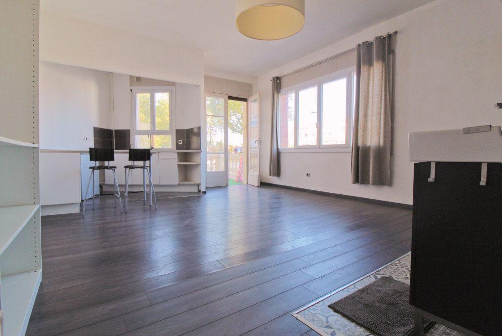Appartement à louer 1 35.37m2 à Toulouse vignette-4