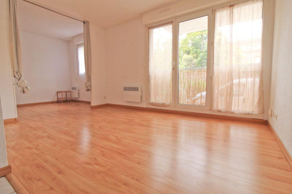 Appartement à louer 2 24m2 à Toulouse vignette-4