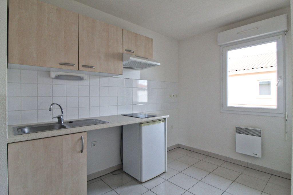 Appartement à louer 2 45.76m2 à Cornebarrieu vignette-3