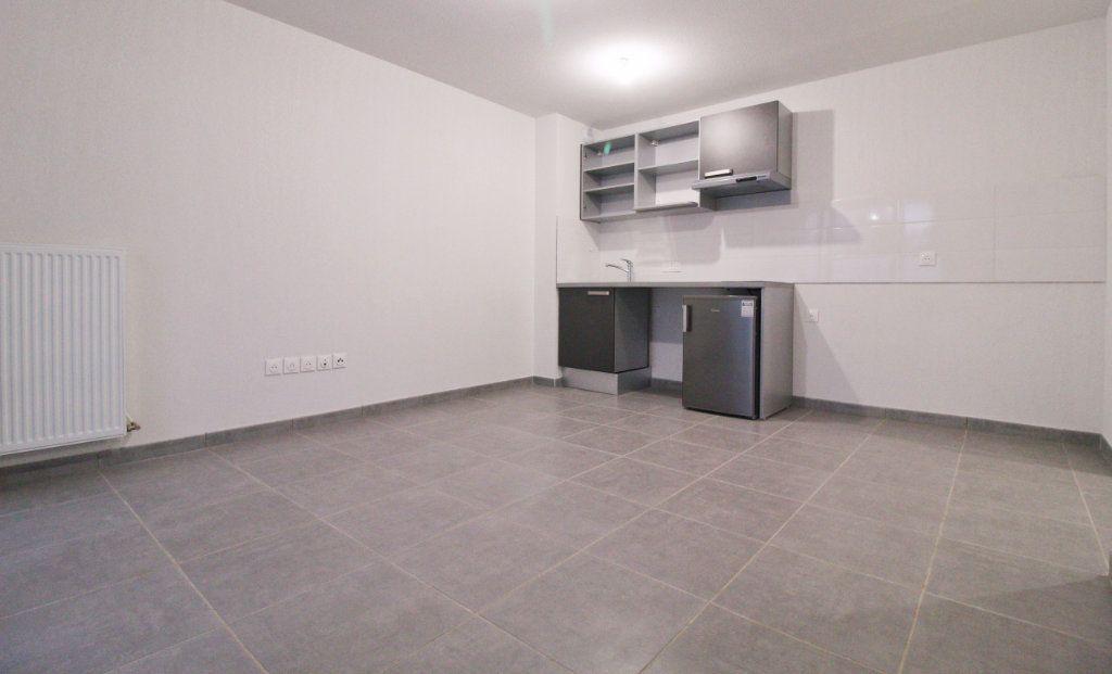 Appartement à louer 2 38.02m2 à Toulouse vignette-2