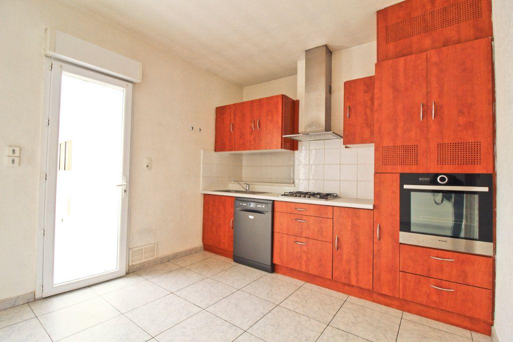 Appartement à louer 3 75.88m2 à Colomiers vignette-2