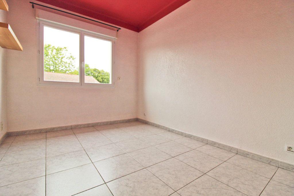 Appartement à louer 3 75.88m2 à Colomiers vignette-3