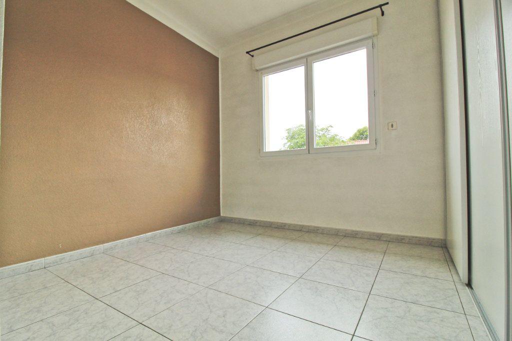 Appartement à louer 3 75.88m2 à Colomiers vignette-4