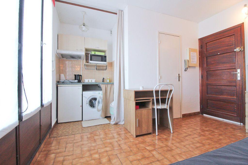 Appartement à louer 1 13.87m2 à Toulouse vignette-2