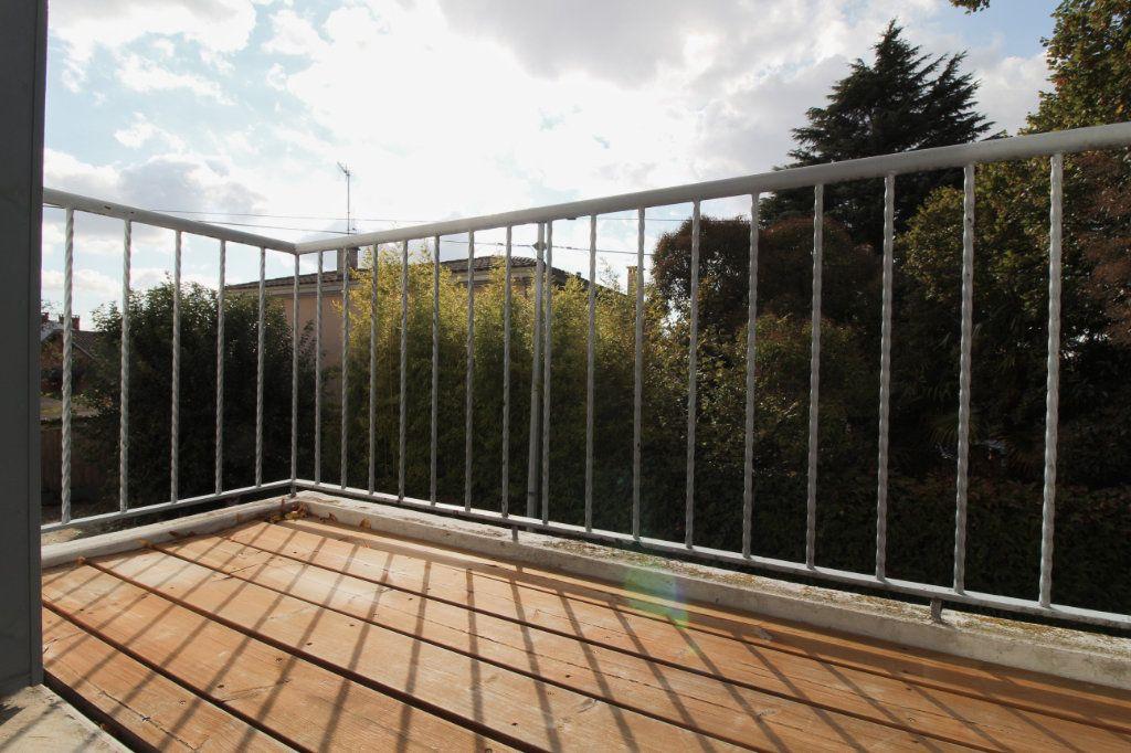 Appartement à louer 2 40.66m2 à Toulouse vignette-2