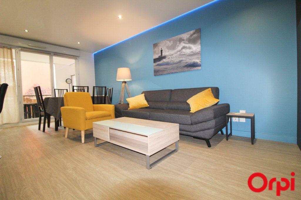 Appartement à louer 3 64.13m2 à Toulouse vignette-3
