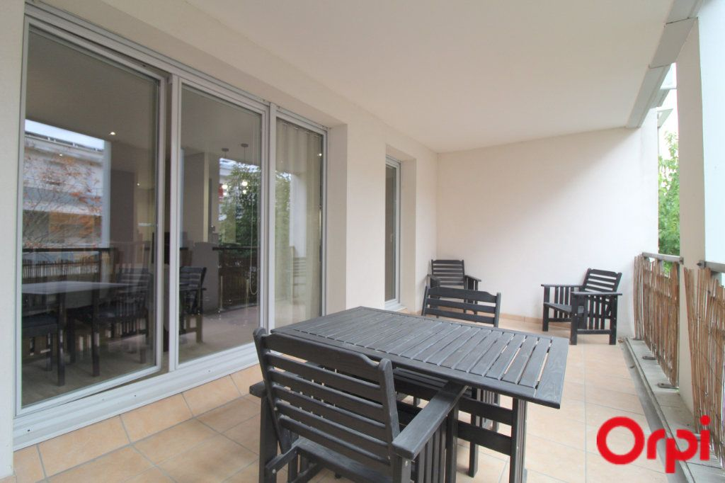 Appartement à louer 3 64.13m2 à Toulouse vignette-5