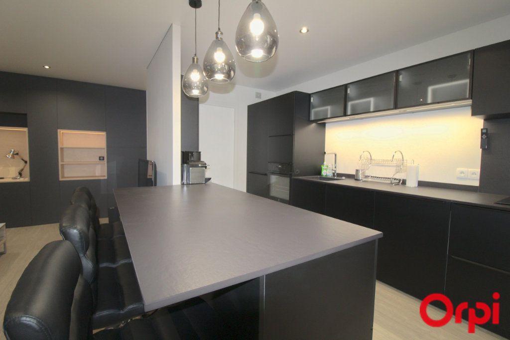 Appartement à louer 3 64.13m2 à Toulouse vignette-6