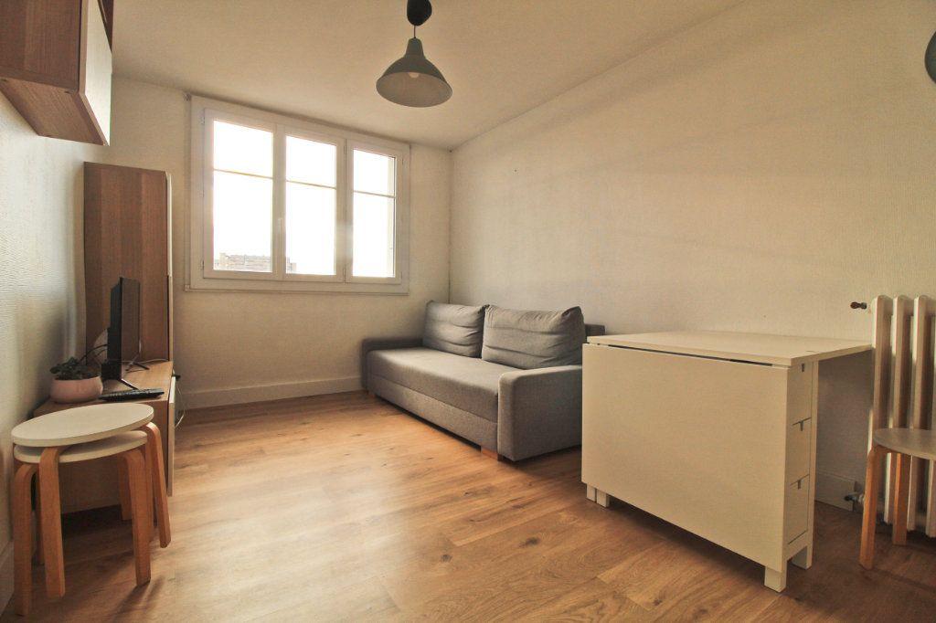 Appartement à louer 3 46.21m2 à Toulouse vignette-4
