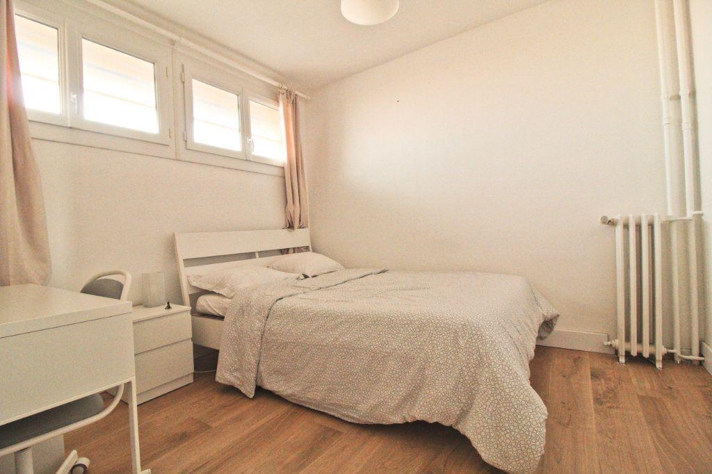 Appartement à louer 3 46.21m2 à Toulouse vignette-6