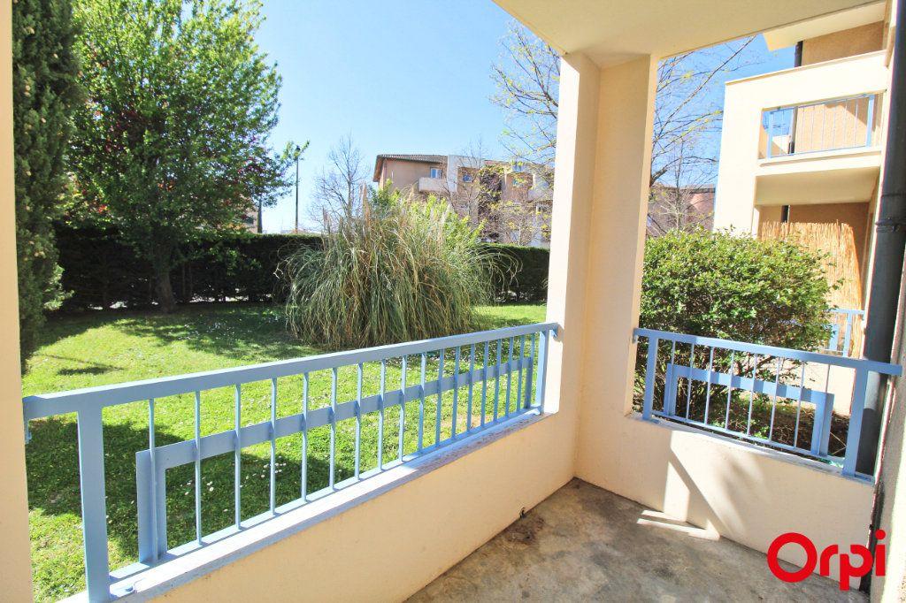 Appartement à louer 2 47.84m2 à Toulouse vignette-2
