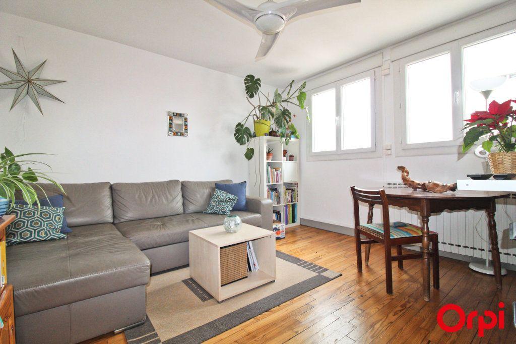Appartement à louer 2 33m2 à Toulouse vignette-2