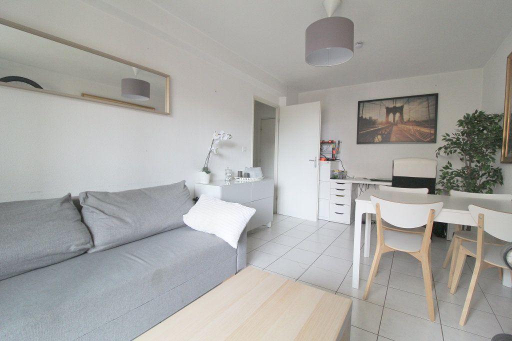 Appartement à louer 2 40.18m2 à Toulouse vignette-2