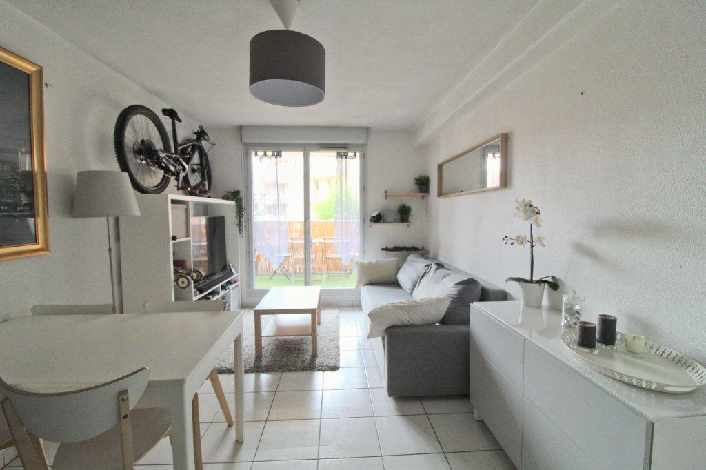 Appartement à louer 2 40.18m2 à Toulouse vignette-4