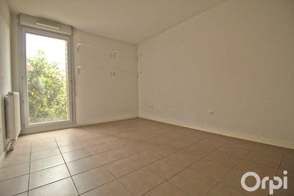 Appartement à louer 3 65.1m2 à Toulouse vignette-5