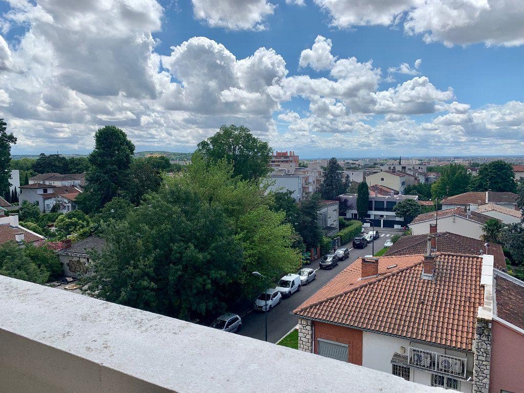 Appartement à louer 2 37.63m2 à Toulouse vignette-8