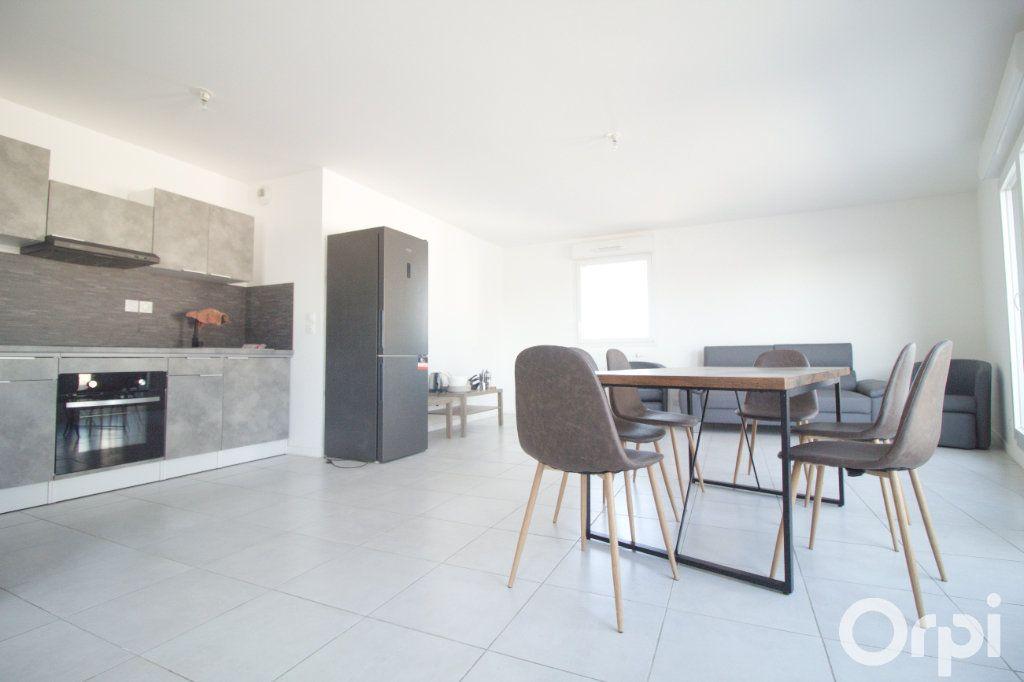 Appartement à louer 5 106.61m2 à Toulouse vignette-2