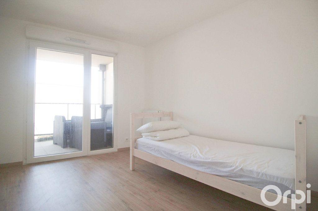 Appartement à louer 5 106.61m2 à Toulouse vignette-7