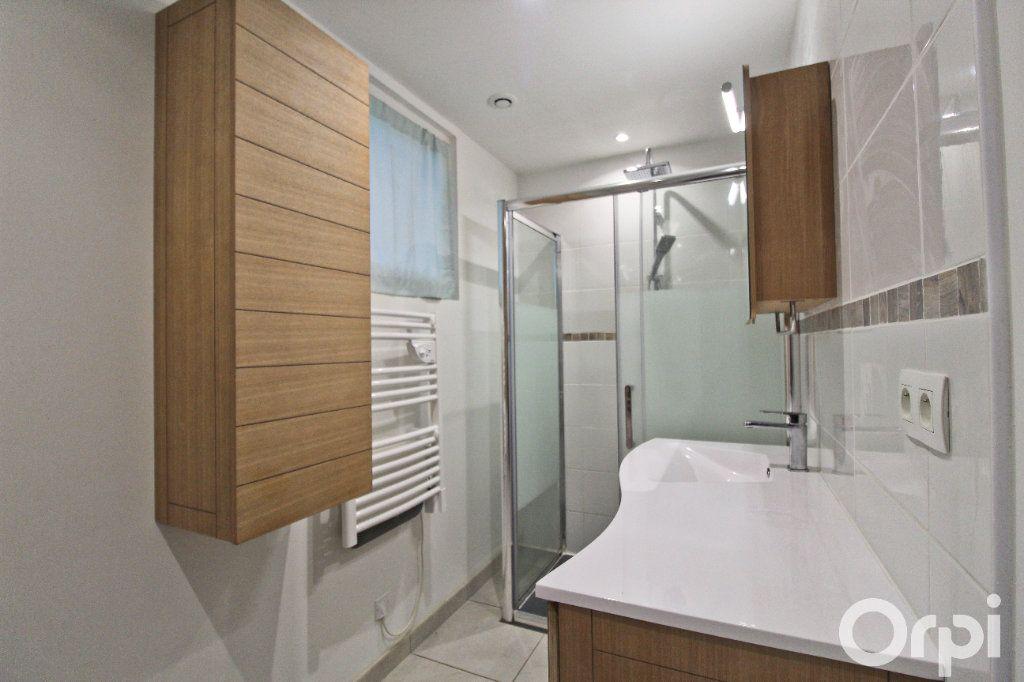 Appartement à louer 3 52.22m2 à Colomiers vignette-6