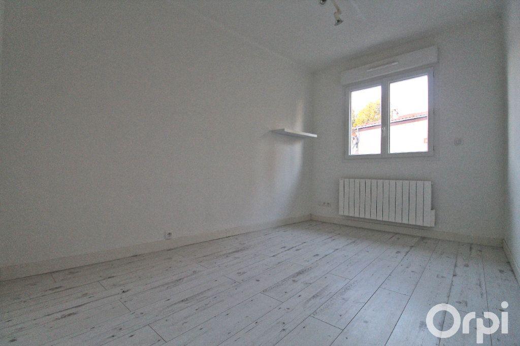 Appartement à louer 3 52.22m2 à Colomiers vignette-8