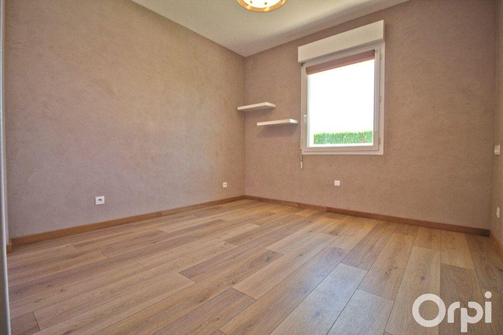 Maison à louer 6 173.46m2 à Gagnac-sur-Garonne vignette-6